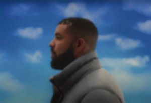 Drake is giving out free candles for Mother's Day in Canada and the US