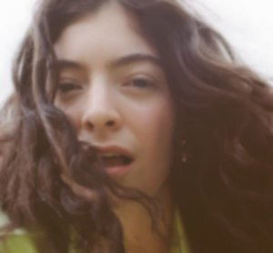 """Lorde to release new single """"Stoned at the Nail Salon"""" tomorrow"""